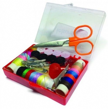 Streetwize 47 Piece Travel Sewing Kit